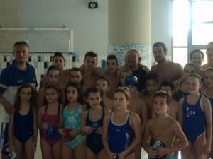 Dopo un anno di intenso lavoro in vasca consegnati agli atleti di nuoto 500 brevetti